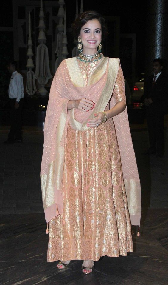 Diya mirza in Anarkali