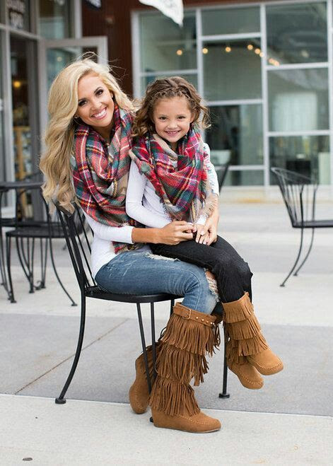 matching scarves mother daughter