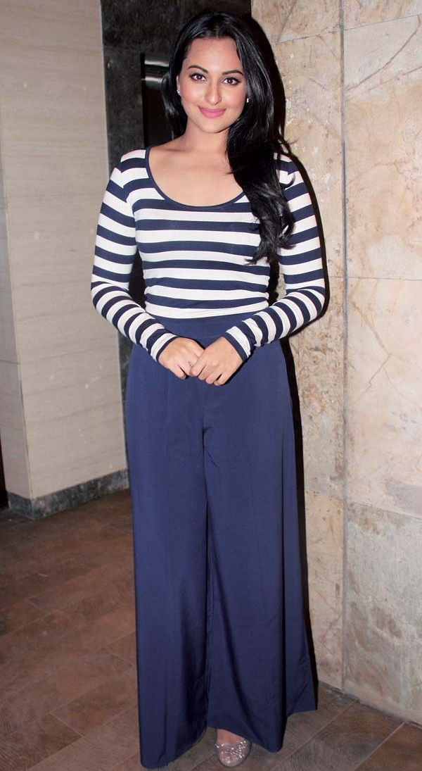 sonakshi-in-palazzo-with-long-sleeves-top