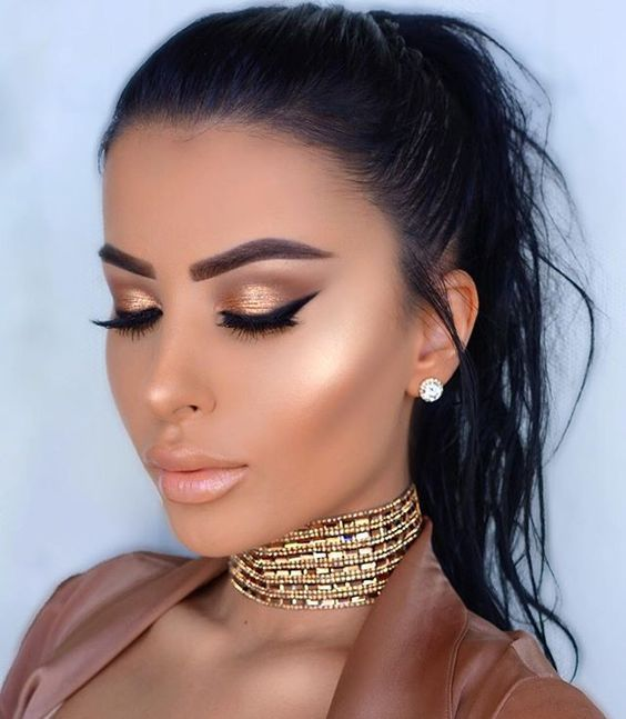 golden bronzer look