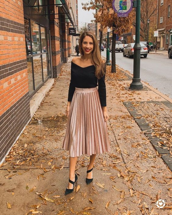 pleated skirts with blouse