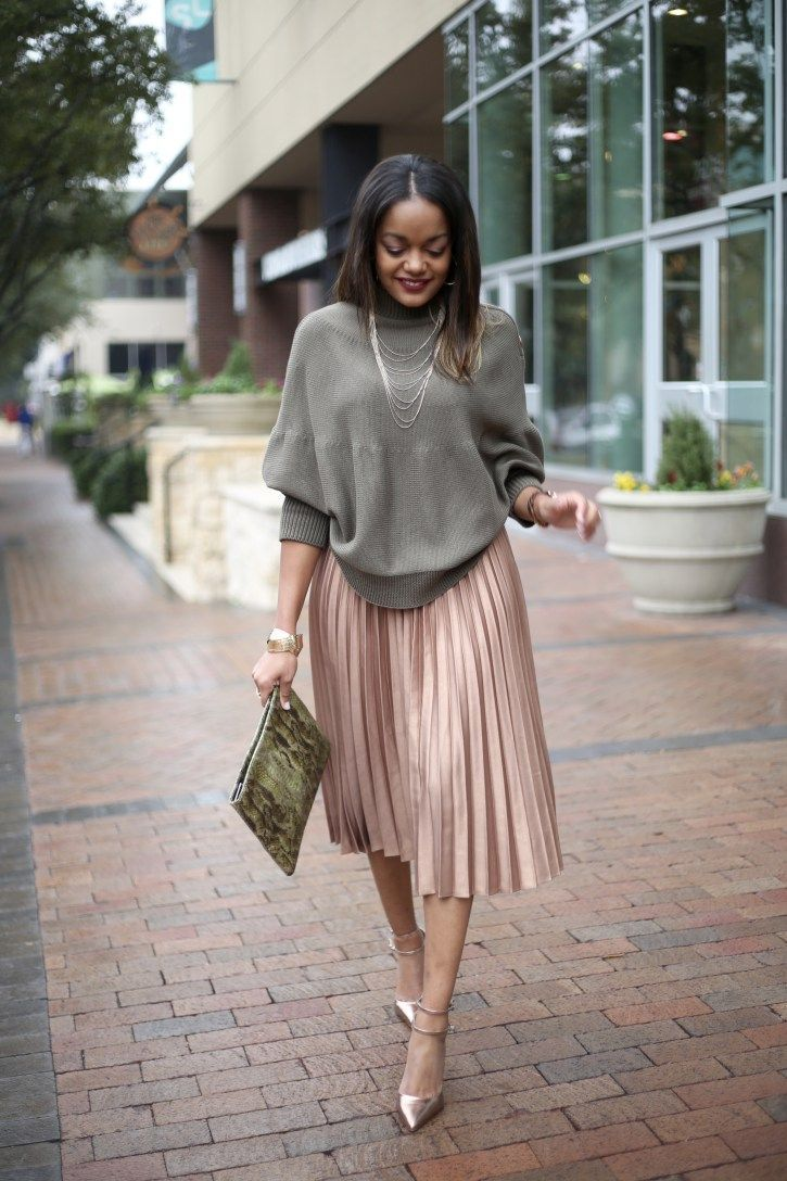 pleated skirt with oversized jumper