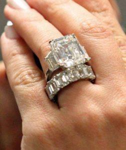 Beyoncé S Engagement Ring